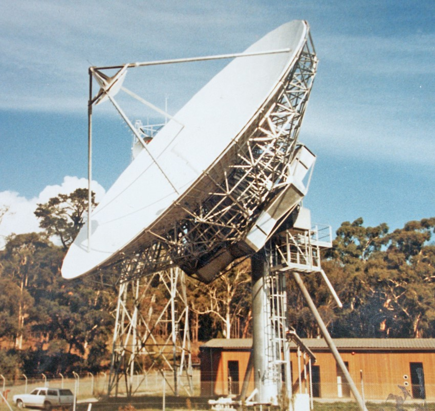 Photograph, Healesville Earth Station, circa 1982. Image courtesy of Greg and Louise Dunnett.